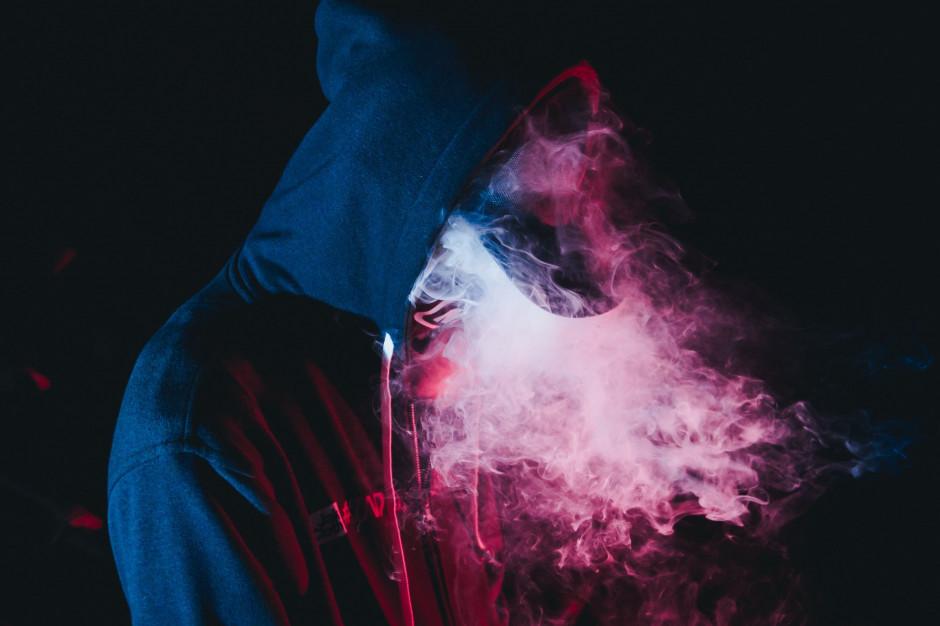 E-papierosy jak dopalacze – GIS będzie ostrzegał młodzież w szkołach