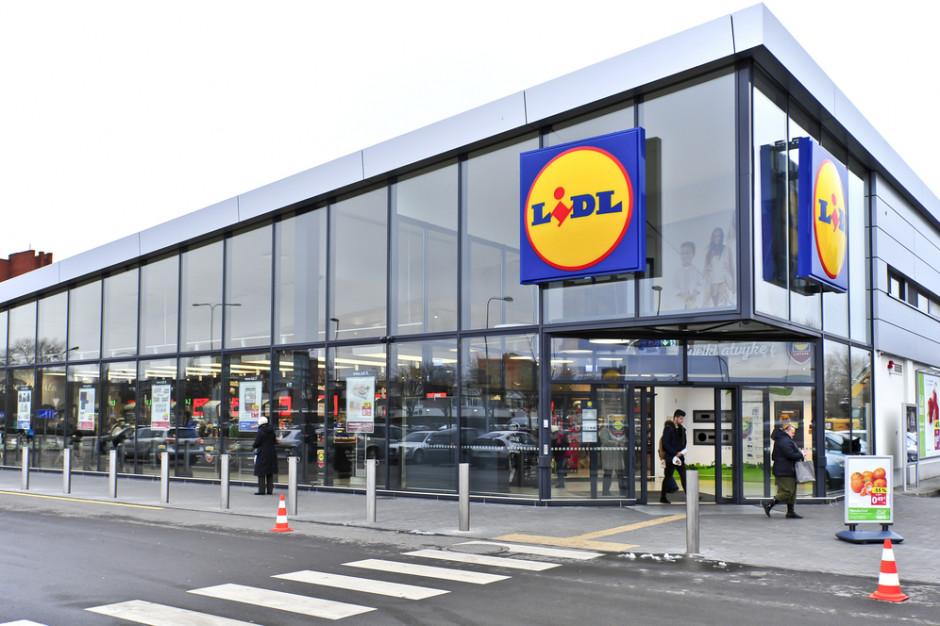 Lidl ujawnia zarobki pracowników magazynu i sprzedawców