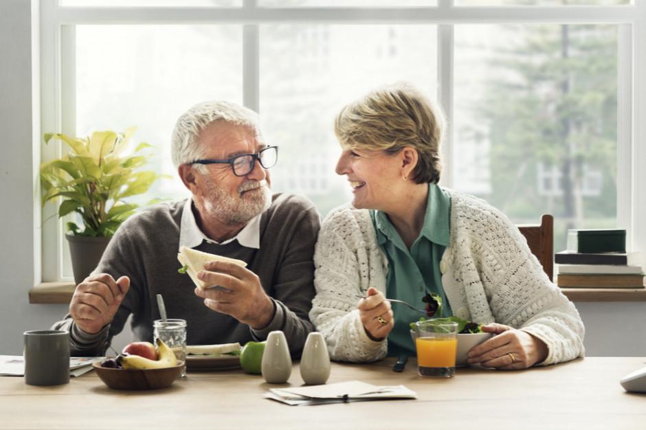 Starsi pracownicy ratunkiem dla rynku pracy?