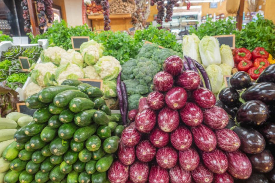 Bronisze: wzrosty cen ziemniaków, tańsza pietruszka