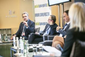 Zdjęcie numer 2 - galeria: Ekonomiczny poniedziałek: Nowe trendy na rynku żywności tematem debaty na WKG (relacja + galeria)