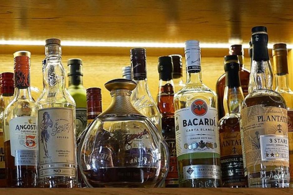 Firmy alkoholowe i działania CSR. Konflikt interesów czy odpowiedzialna strategia?