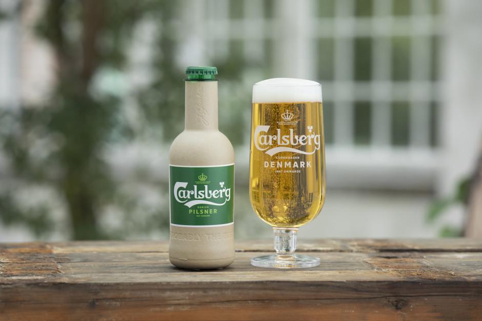 """Carlsberg tworzy """"papierową"""" butelkę na piwo"""