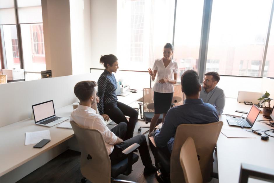 MRPiPS: Coraz więcej firm stawia na elastyczne formy czasu pracy