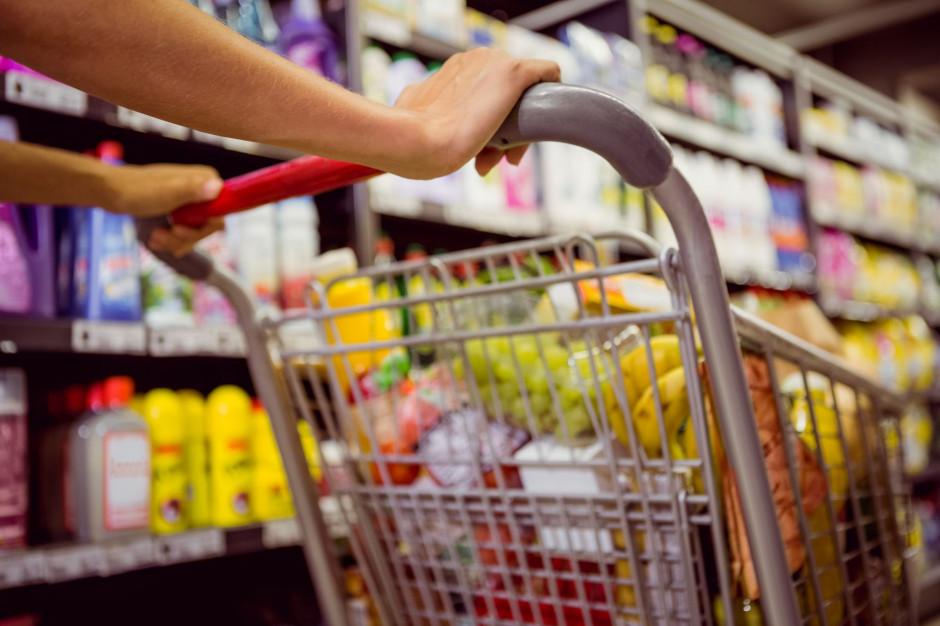 Jakie produkty spożywcze najczęściej wybierają Polacy? (badanie)