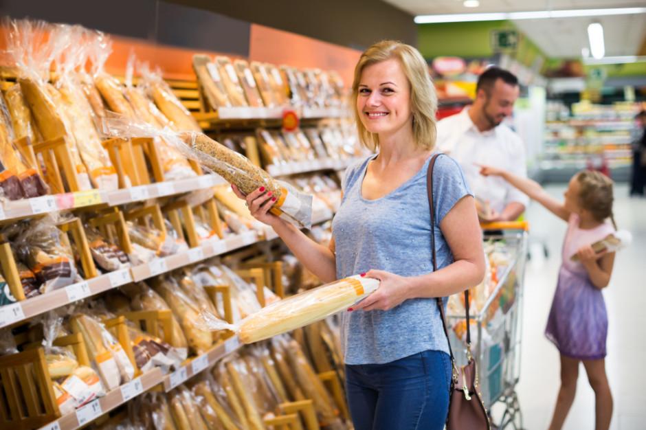 Badanie: Dlaczego konsumenci wciąż kupują w sklepach stacjonarnych?