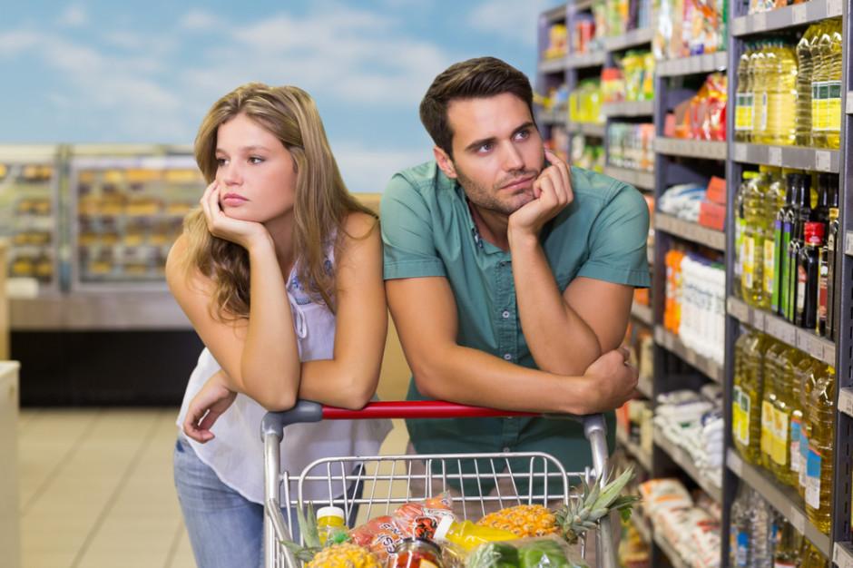 Ekonomiczny poniedziałek: Dlaczego bunt konsumencki w Polsce nie działa?