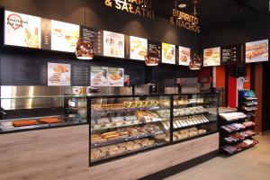 Zdjęcie numer 2 - galeria: Circle K z nowym konceptem - sklep połączony z kawiarnią (galeria zdjęć)