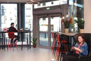 Zdjęcie numer 4 - galeria: Circle K z nowym konceptem - sklep połączony z kawiarnią (galeria zdjęć)