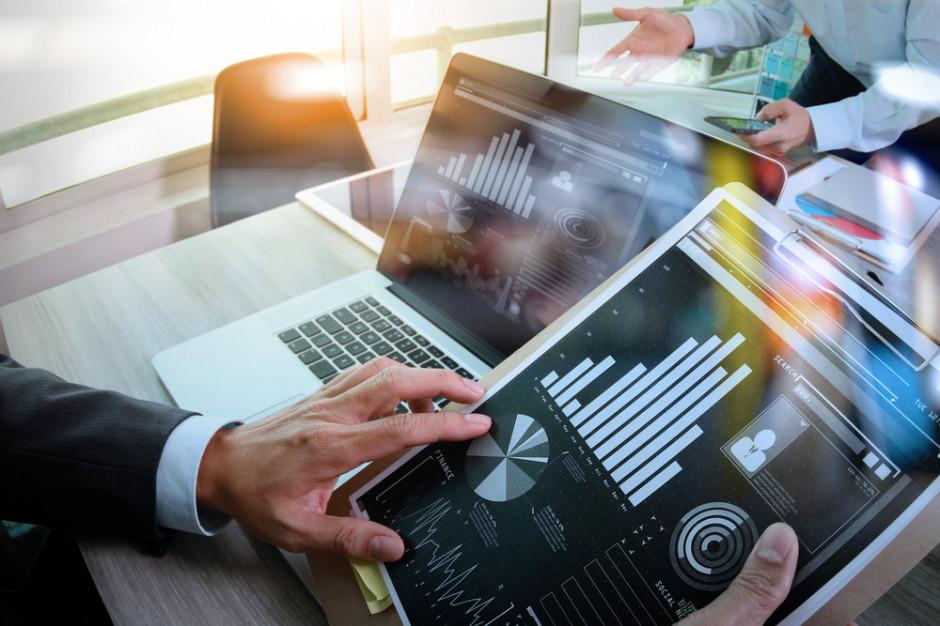 Ekspert: PMI lekko w górę, ale spowolnienie nie odpuszcza