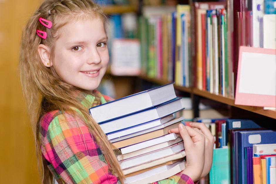 Empik: 10 tysięcy książek trafi do kolejnych bibliotek szkolnych
