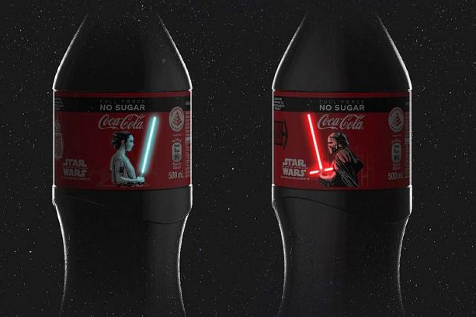Coca-Cola: Butelki z mieczami świetlnymi, które świecą w reakcji na dotyk z okazji premiery Gwiezdnych Wojen