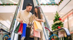 Gdzie i za ile kupujemy prezenty świąteczne?