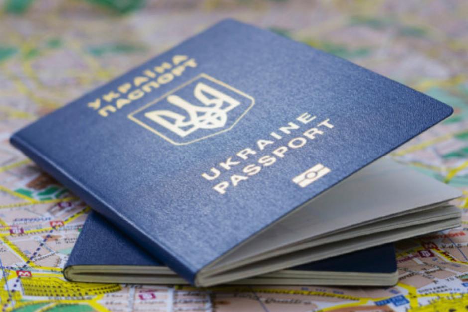 Ukraińcy chcą pracować w Polsce, ale o osiedleniu myśli tylko 8 proc. z nich