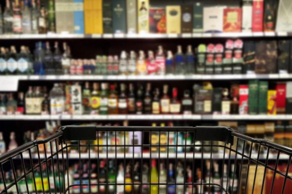 Prawie połowa Polaków uważa, że ceny alkoholu są niskie