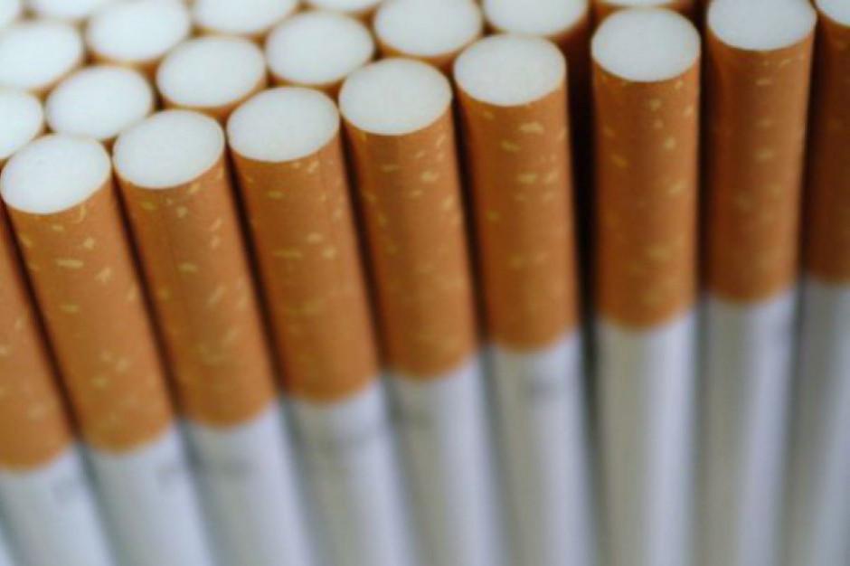 WHO: liczba palących papierosy mężczyzn przestaje rosnąć