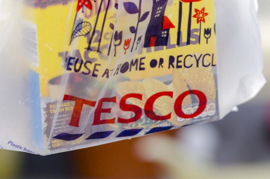 Tesco wstrzymuje współpracę z chińską fabryką po doniesieniach o niewolniczej pracy