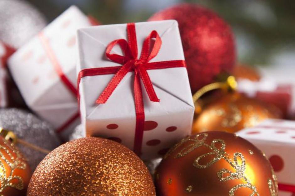 Coraz więcej Polaków chce kupować używane prezenty na święta