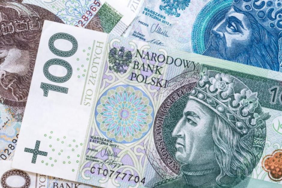 Wchodzi w życie ustawa zwiększająca ochronę mniejszych firm przed zatorami płatniczymi