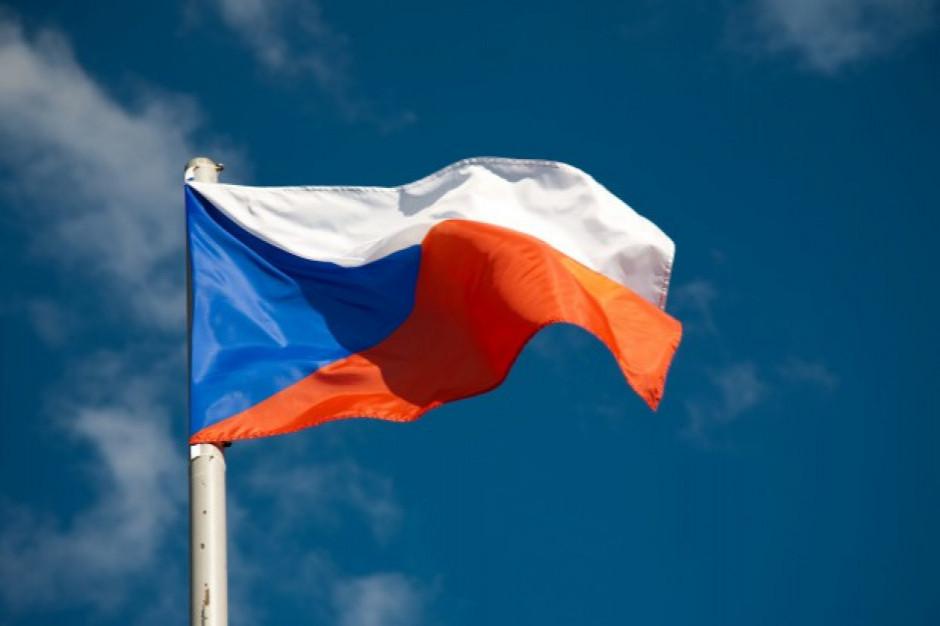 Czechy wprowadzają nadzwyczajne kontrole weterynaryjne drobiu z Polski