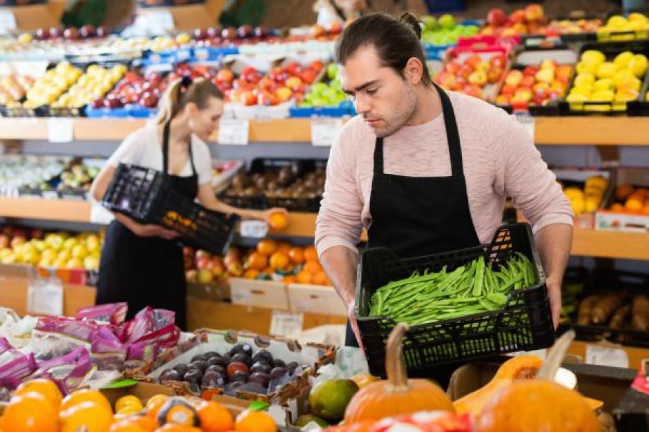 Co trzecie ogłoszenie o pracę dotyczyło handlu i sprzedaży (raport)