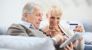 Seniorzy aktywni w internecie, ale czy bezpieczni?
