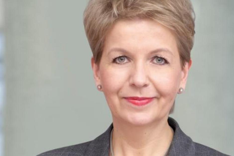 Wiceminister Nowak: Chcemy, by więcej osób biernych zawodowo trafiało do zatrudnienia