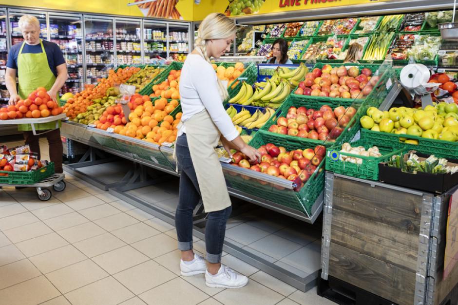 Eksperci: Podwyższenie płacy minimalnej może znacząco wpłynąć na sieci handlowe