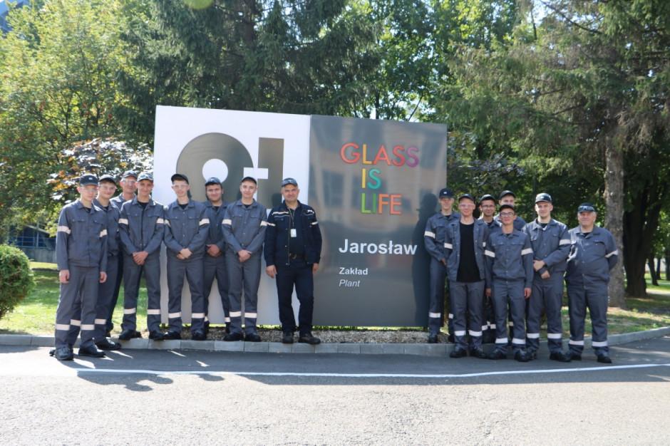 Huta szkła w Jarosławiu gospodarzem europejskiego programu szkoleniowego O-I