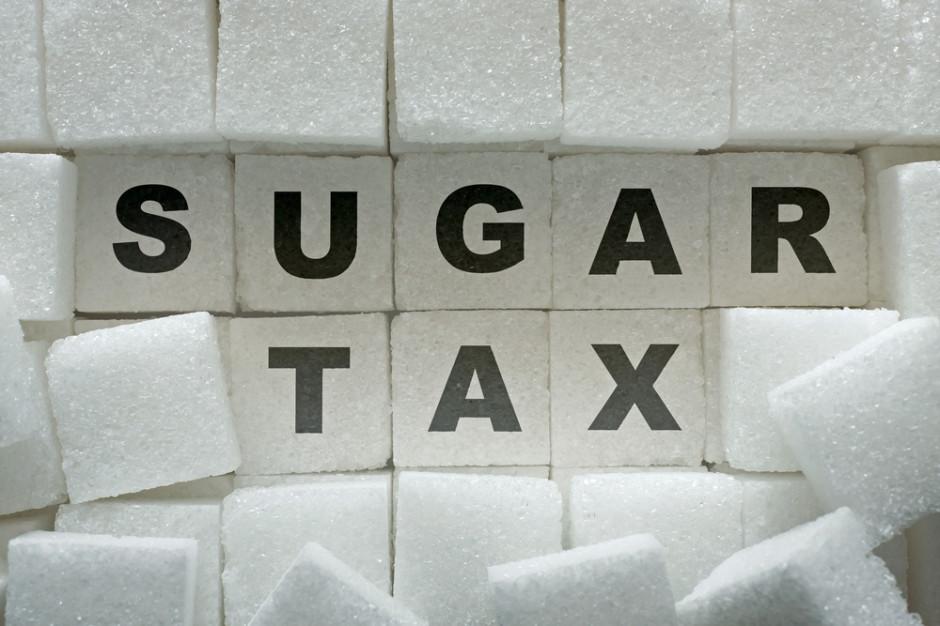 Ekspert: opłata cukrowa to nie pierwsze dobre rozwiązanie, które napotyka na krytykę biznesu