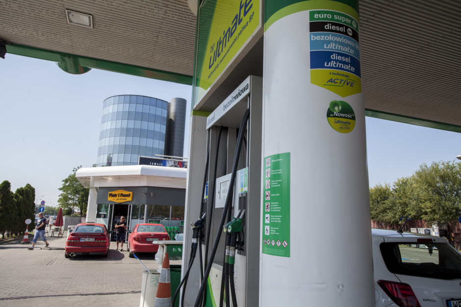 Ceny paliw w Polsce: Będą spadki o kilka groszy na litrze
