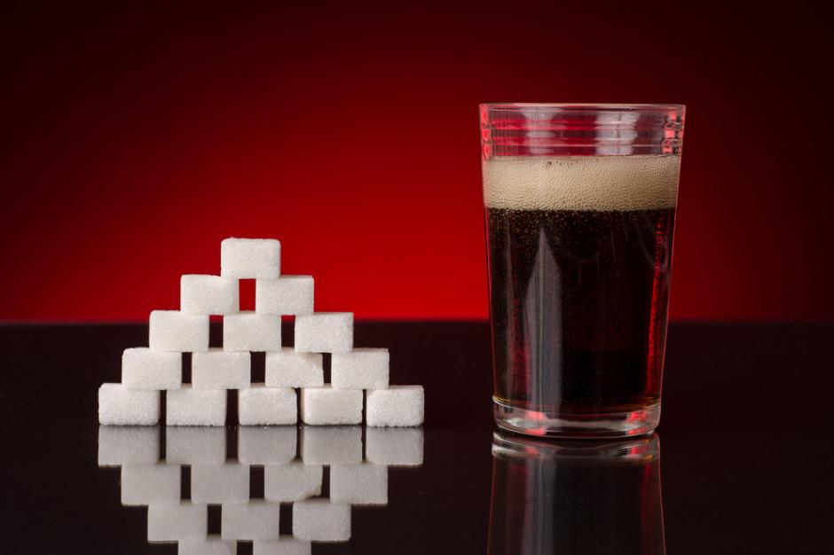 Resort zdrowia: WHO popiera podatek od słodkich napojów w Polsce