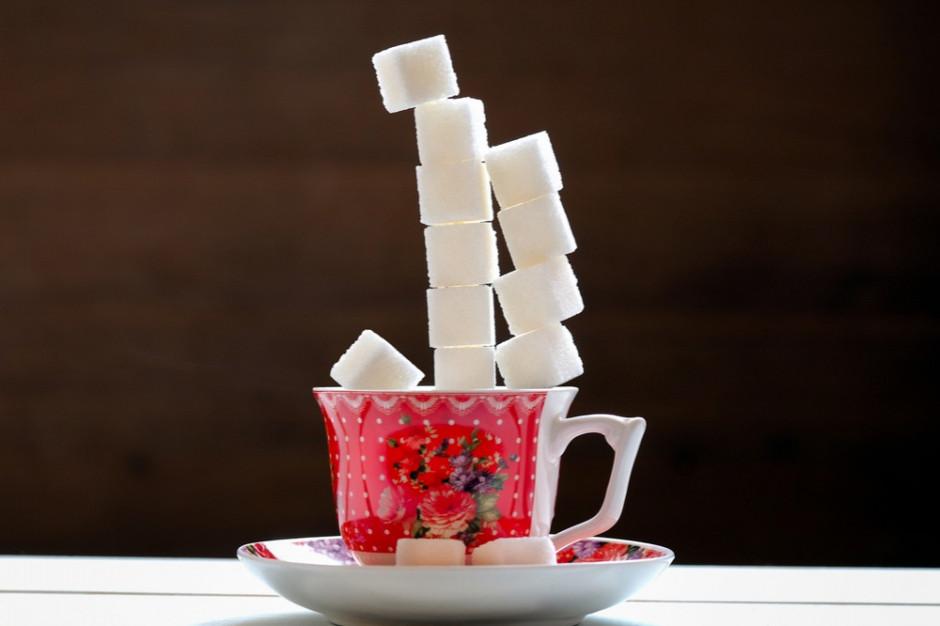 Diabetolog: cukier jest toksyczny dla organizmu, niszczy wątrobę i sprzyja nowotworom