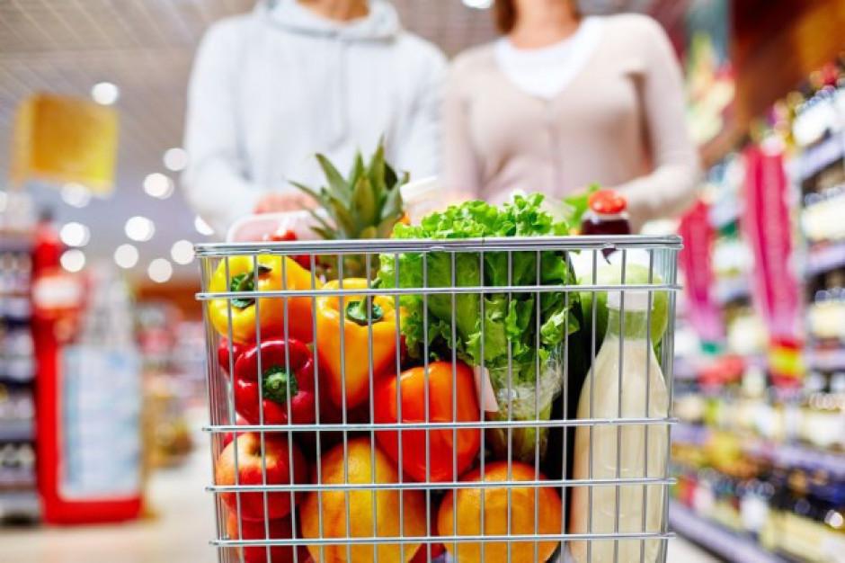 Niektóre sieci handlowe nie traktują owoców z należytą starannością
