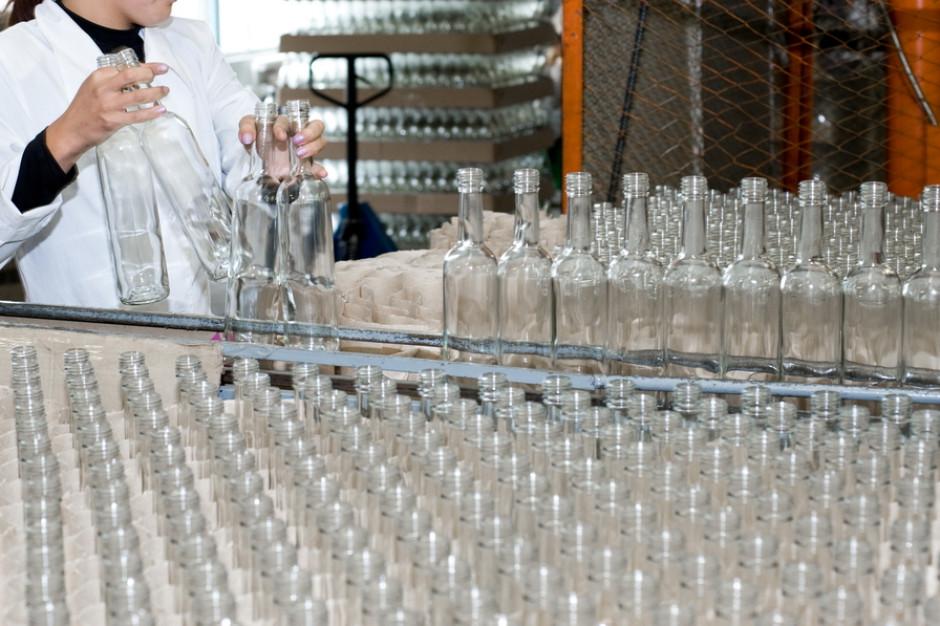 Produkcja wódki mocno spadła w styczniu 2020 r. po silnej końcówce 2019 r.