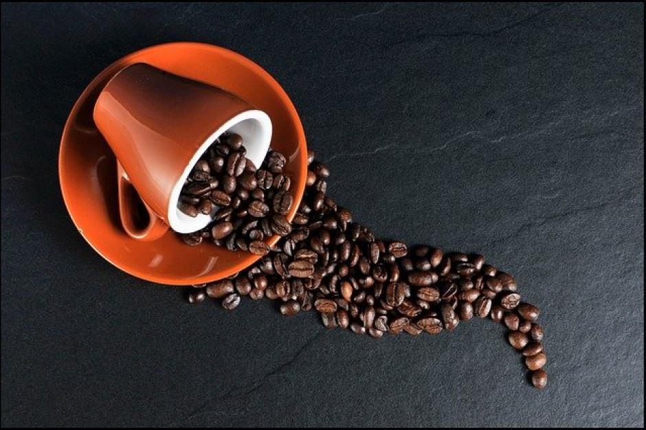 Polacy ruszyli po ekspresy, kawa rozpuszczalna traci rynek