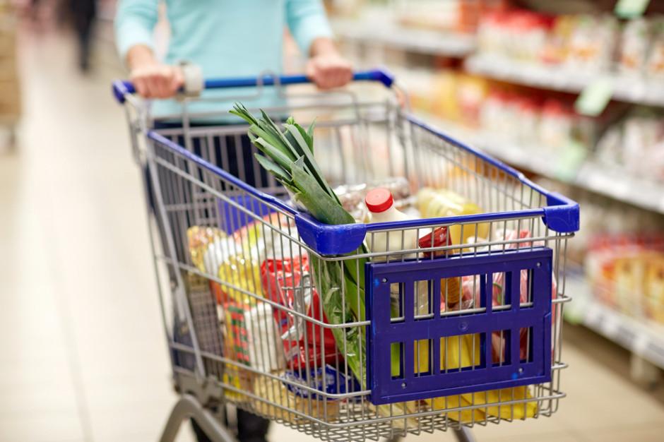 Koronawirus: Polacy robią zapasy żywności na wypadek epidemii