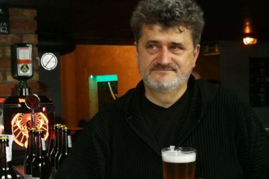 Domy mieszkalne z piwem w kranie, czyli nowy pomysł Janusza Palikota