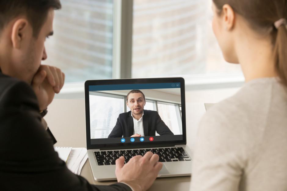 Koronawirus: Firmy przechodzą na pracę zdalną. Jakie wyzwania czekają pracodawców?