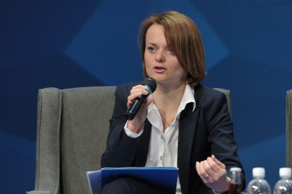 Emilewicz: podatek cukrowy wejdzie w życie na koniec roku