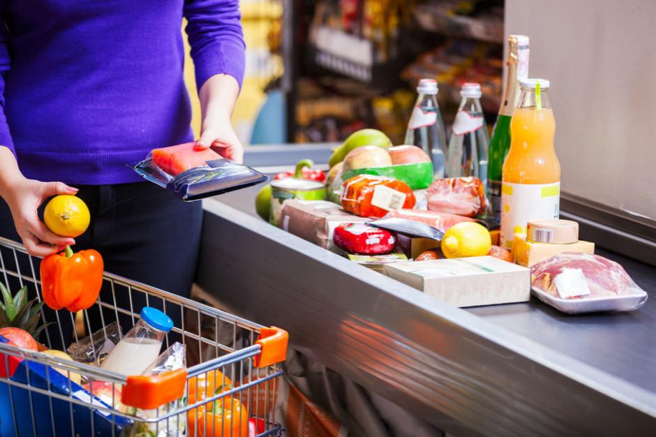 Utrzymanie pełnych półek wyzwaniem dla sklepów