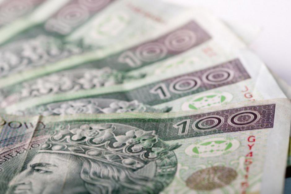 Pakiet antykryzysowy dla firm zakłada dofinansowanie do 50 proc. minimalnego wynagrodzenia
