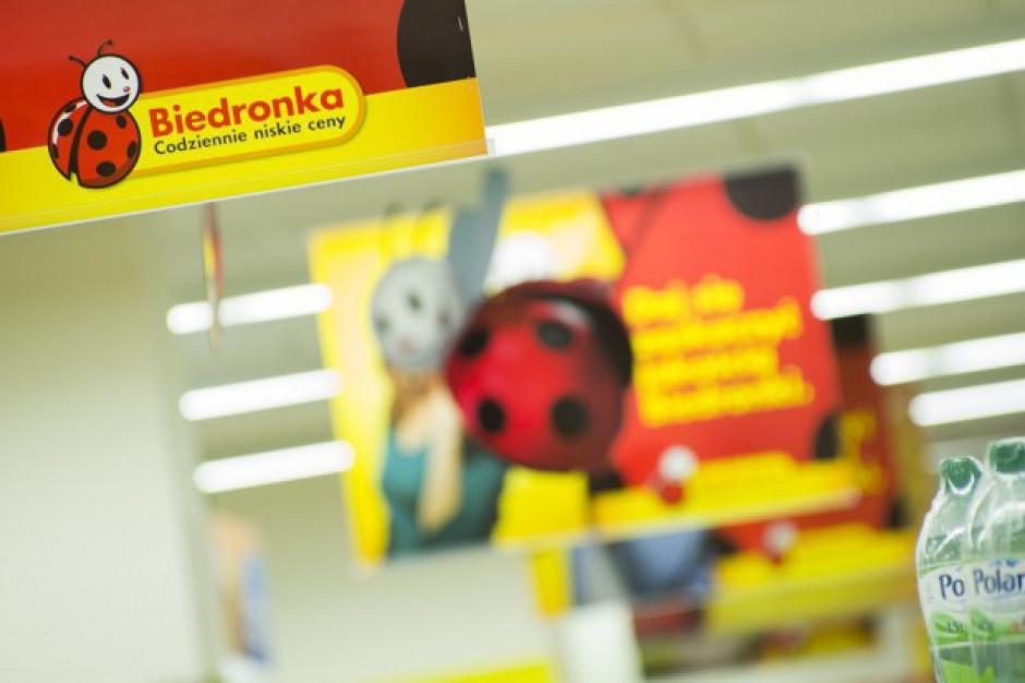 Biedronka chce wesprzeć wolontariuszy robiących zakupy seniorom
