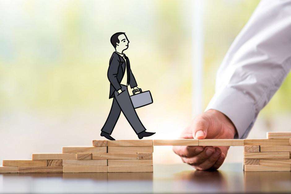 Projekt ustawy z pakietu tarczy antykryzysowej zakłada wsparcie środkami publicznymi restrukturyzacji firm