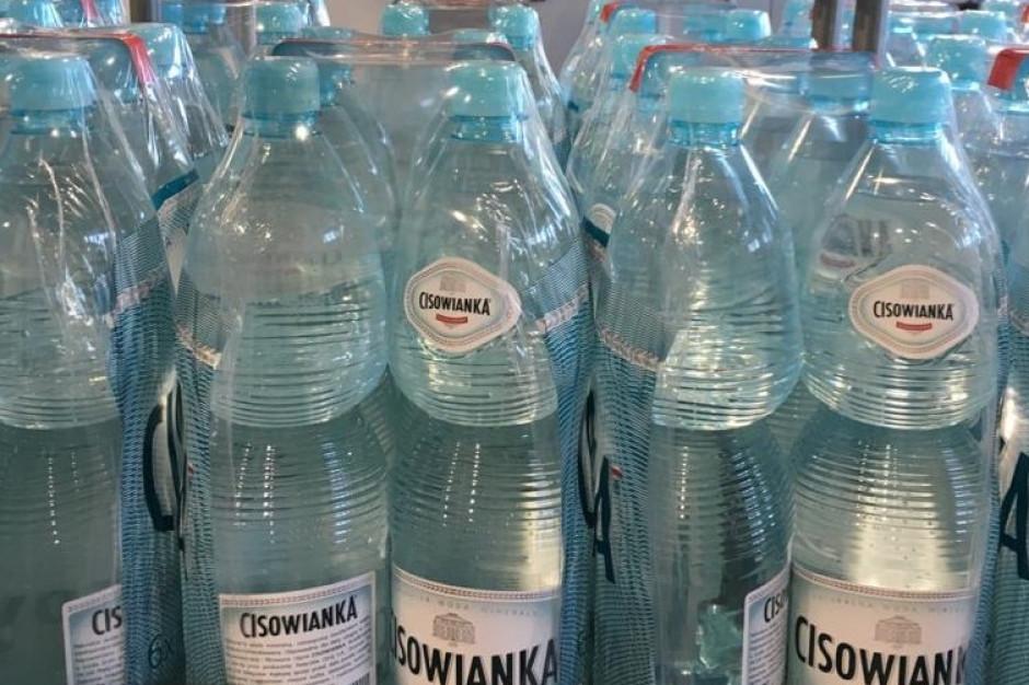 Cisowianka przekazała 100 000 butelek wody mineralnej ponad 50 placówkom medycznym