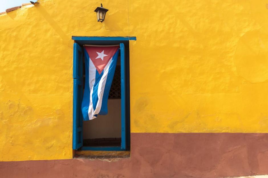 Kuba wprowadza ograniczenia transportu, zamyka wielkie sklepy