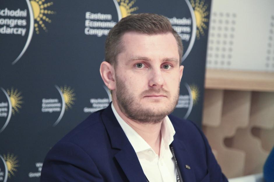 Zdanowski, Wierzejki: Potrzebne zmiany w godzinie seniora i limitach osób w sklepach