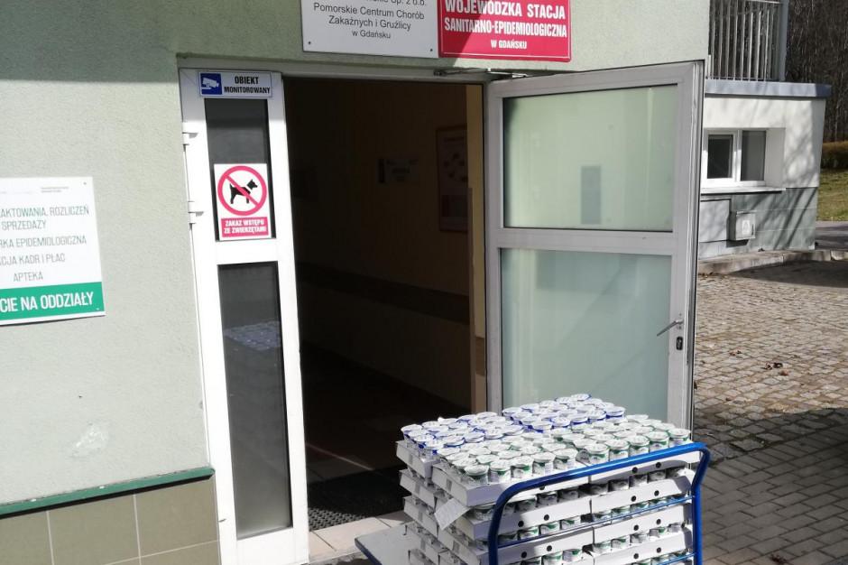 Milkpol-Czarnocin przekazuje produkty służbie zdrowia