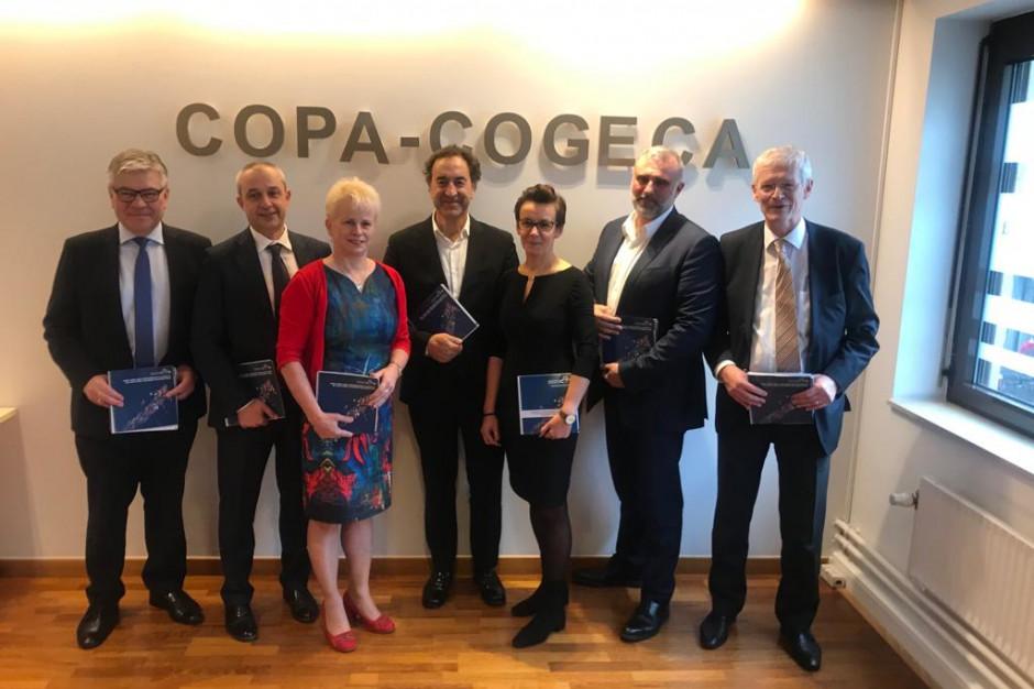 Prezydium Copa Cogeca z udziałem Komisarza ds. Rolnictwa KE