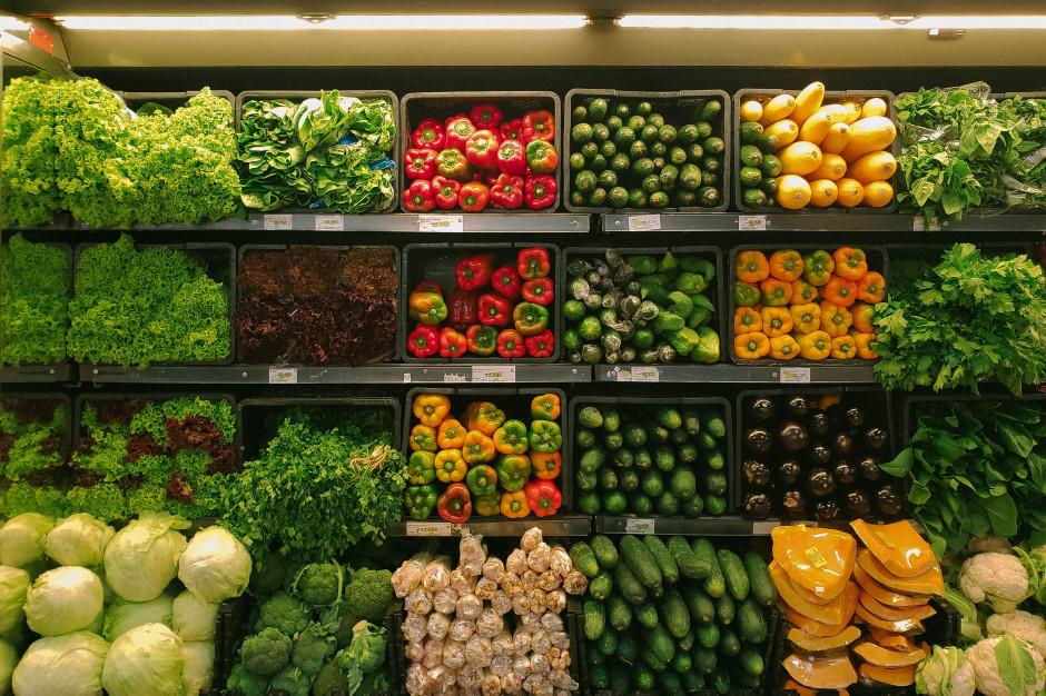 Wiceminister rolnictwa: Susza i koronawirus powodują problemy w handlu żywnością
